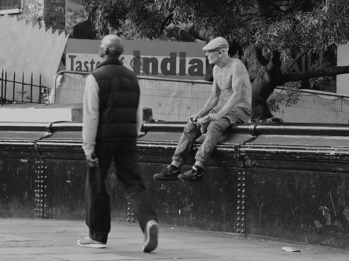Camden Town ... IPhone 6, London, on the bridge, Taking Photos