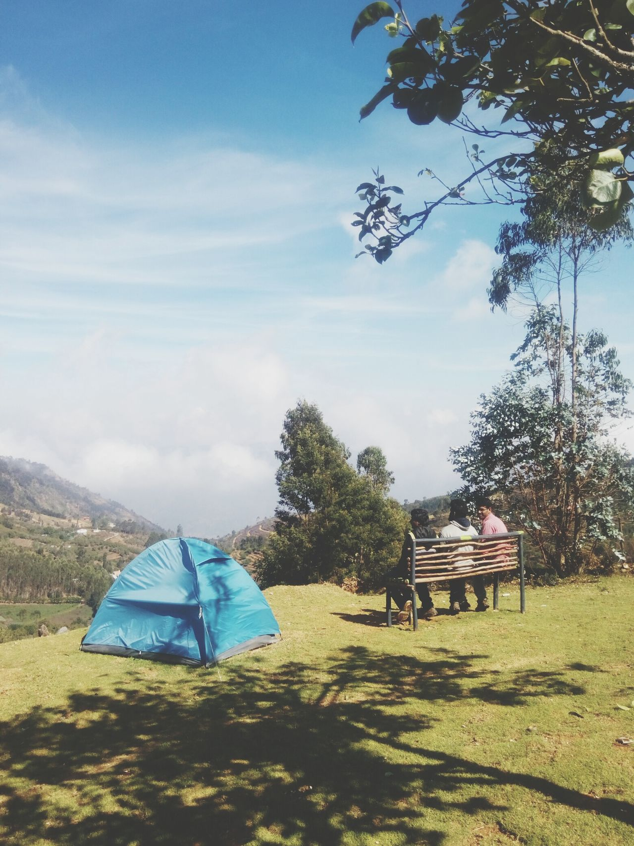 The view from up above! Sky Outdoors Nature Beauty In Nature Scenics Cloud - Sky Kodaidairies Kodaikanal Travel Destinations Travel Photography Friendship Hillside Cliff Camping Nature