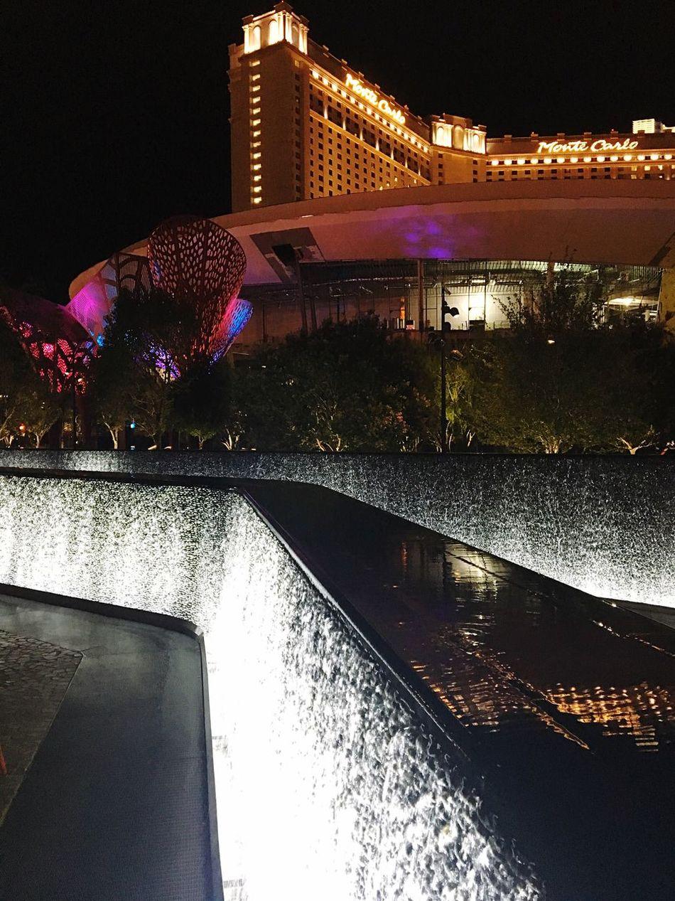Fountain Wall Thepark Newyorknewyorkhotel Las Vegas