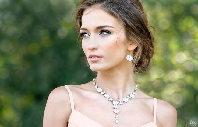 Portrait Beauty Beautiful People Elégance Necklace Headshot Person Close-up Only Women Adult Arts Culture And Entertainment Beautiful Woman One Woman Only Human Body Part One Person Glamour Outdoors Horizontal NorwegianGirl Polish Girl Dress Summer Sunny Pretty Mood