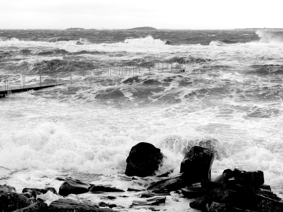 Taking Photos Storm Stormy Weather Sea Nature_collection EyeEm Nature Lover Waves Blackandwhite