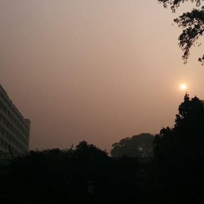 A smoggy afternoon @OberoiNewDelhi Luxury Hotel Newdelhi India Travel Instagood Instanice