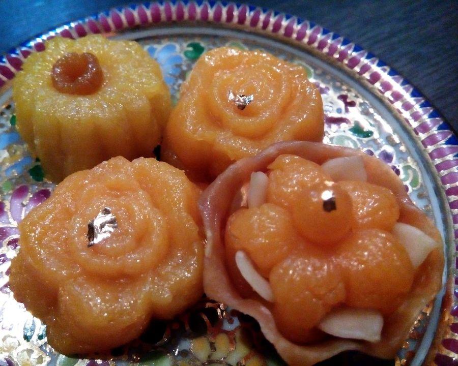 Thai Food Thai Dessert Thong Ake Saneh Chantr Ja Mongkut Dessert Desserts Dessert Time Sweets Sweet Art Of Food Art Of Dessert Art Of Living