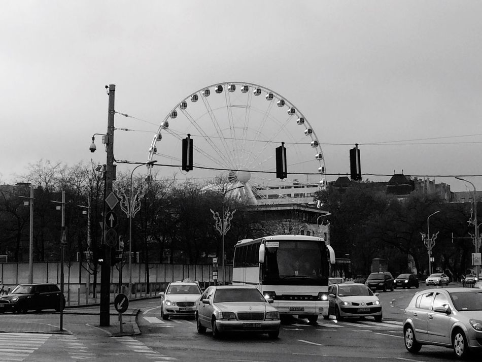 Budapest, Hungary Wheel Ferris Wheel Erzsebetter Streetphotography Urban Transportation