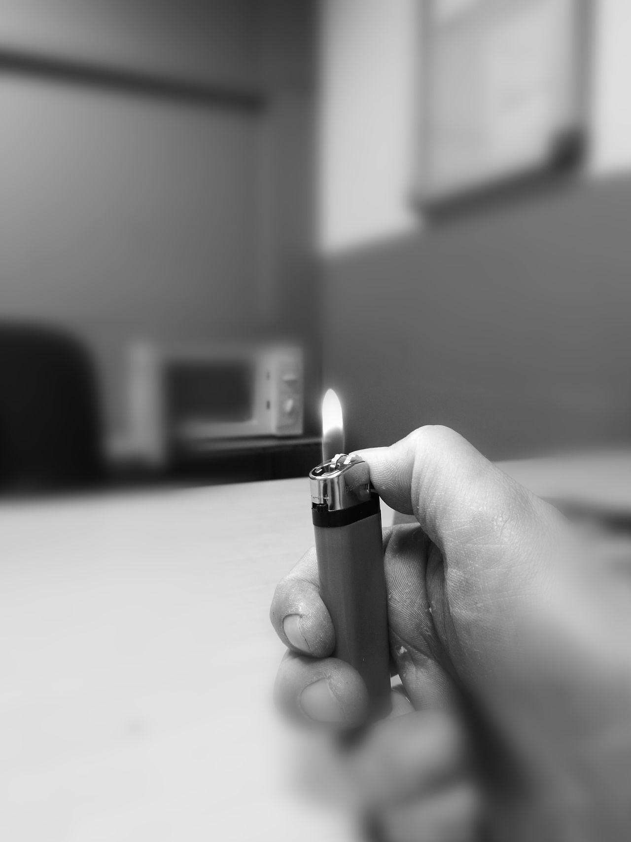 Focus Object Briquet Feu Fire Noir Et Blanc Blackandwhite