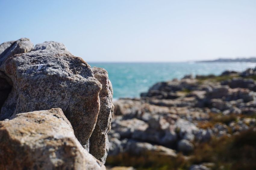 Sea Horizon Over Water Rock - Object Nature Water Scenics Tranquility Beach Sky Beauty In Nature No People Day Outdoors