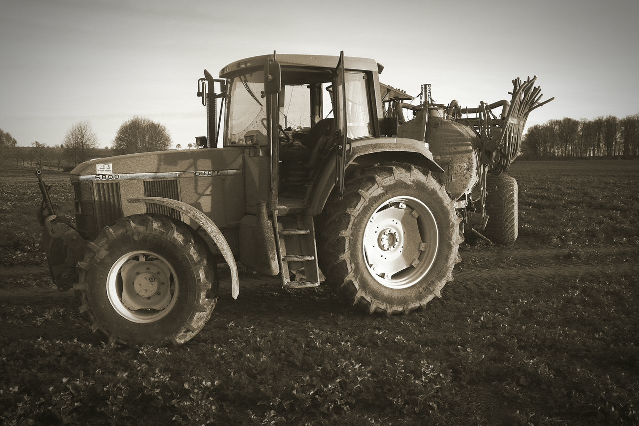show me the plowshares you made out of your swords Agriculture Agricultural Machinery Tractor No People Tire Outdoors Plowshare Sword Johndeere Johndeeretractor Field EyeEmNewHere Farm Farm Life Shit! Blackandwhite Nocity
