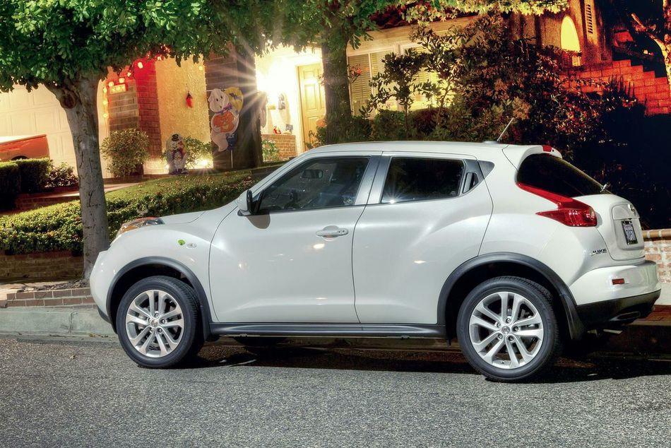 Nissan Juke Nissan Juke Car White Pearl CUV Mini Cooper