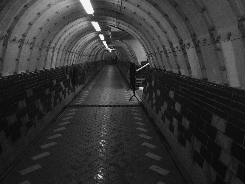 One way. One end Blackandwhite Monochrome Light And Shadow Shadow Tunel Blaxkandwhite Blackandwhite Photography Eye4black&white