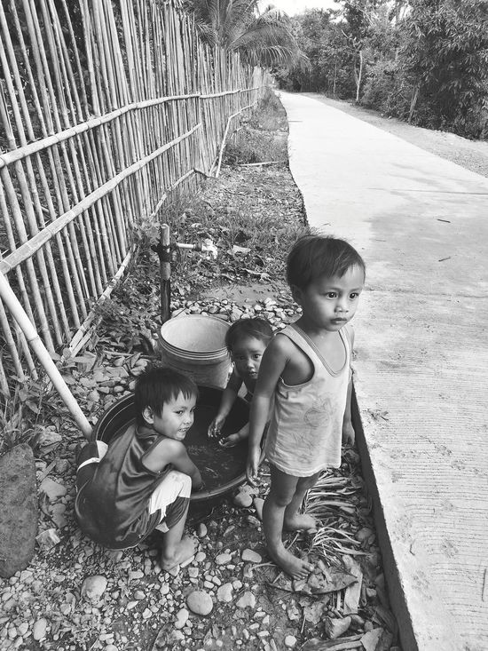 EyeEm Vision Outdoors Real People Rural Lifestyle Kids Playing Kids