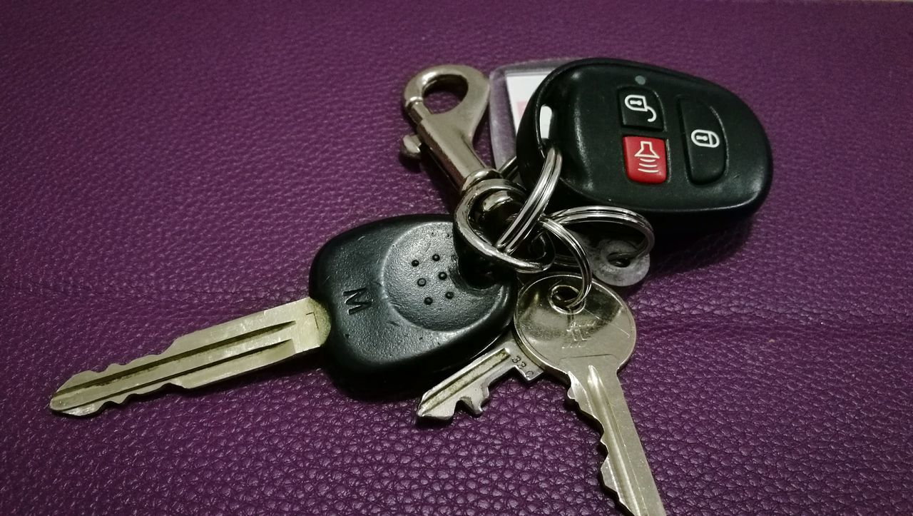 Keys Household Objects Carkeys Close-up Indoors  Keyring Household