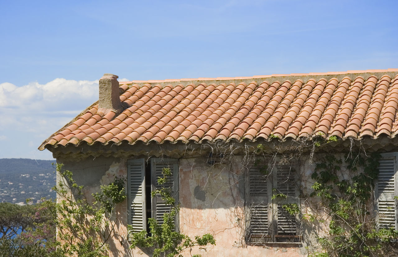 ancient stone cottage - saint-tropez, french riviera Ancient Architecture Building Building Exterior Built Structure Cabin Chalet Cottage Countryside Cozy Côte D'Azur France Home House Medieval No People Overgrown Provence Residential Building Roof Roof Tile Saint-Tropez Small Tiled Roof  Vintage