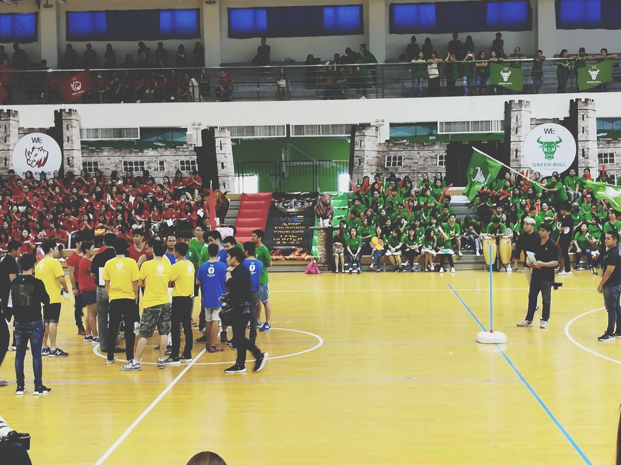 Sport day Sport Stadium Large Group Of People Crowd Gym Court People Sports Team Competitive Sport Teamwork Match - Sport Eyeemthailand Huaweiphotography EyeEm Gallery