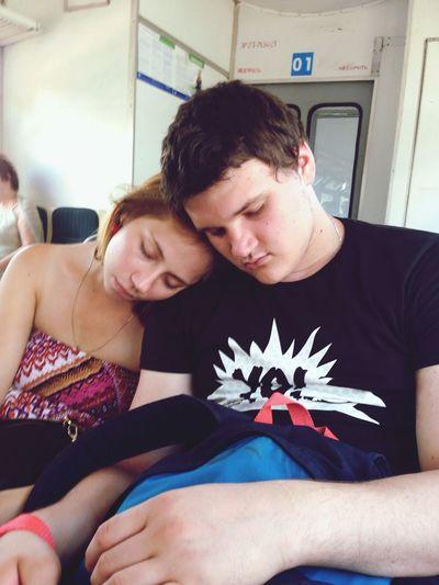 Сфоткала любимых, пока они спят