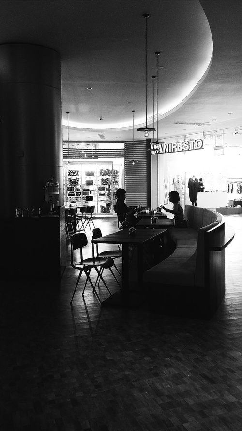 Singapore Cafe Capitol Piazza Silhouettes