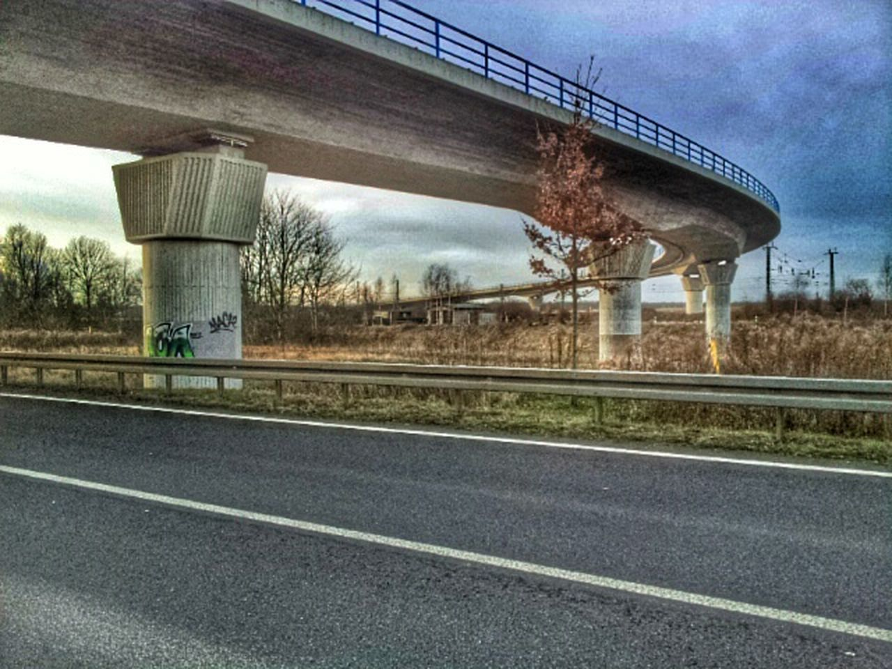 Umgehungsstrasse Bridge Street Trees Saxony