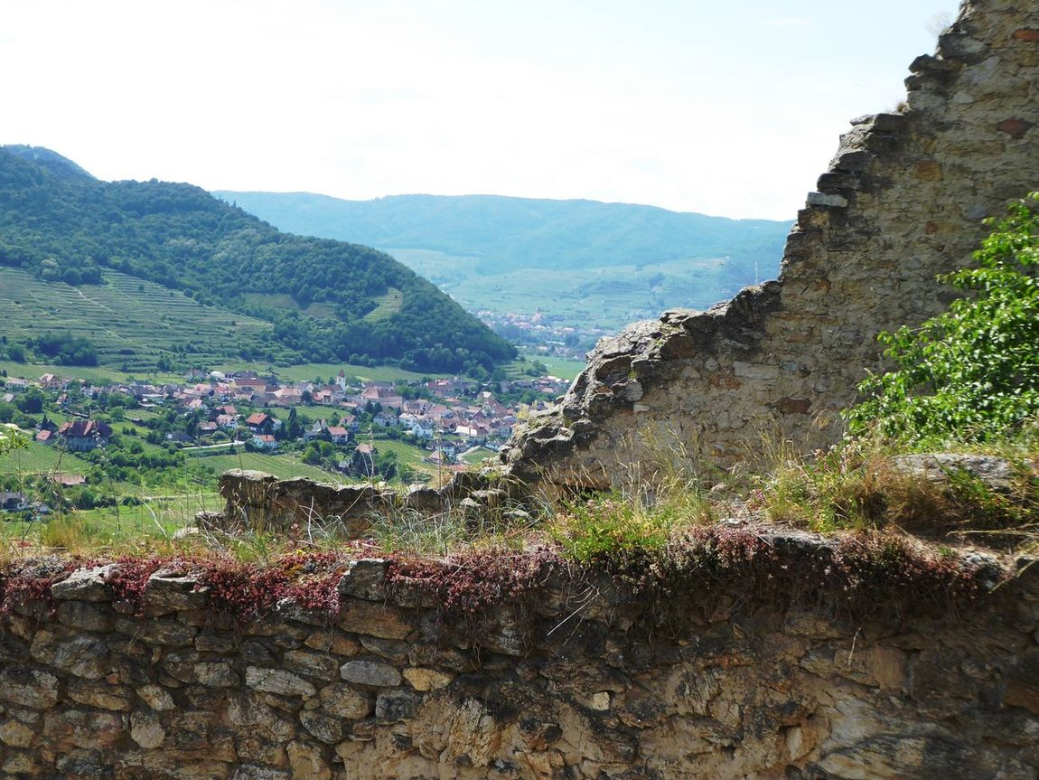 View from the ruin🤗Memories ❤ For My Friends 😍😘🎁 Landscape Tranquility Burgruine In Dürnstein/Wachau Enjoyinglife  Love Ruins Mountain Travel Destinations Simple Beauty My Soul's Language Is📷 Perfect Day With A Friend😍 Live For The Story Leisure Activity Enjoying The View Love My Life❤ Been There. Done That. Lost In The Landscape