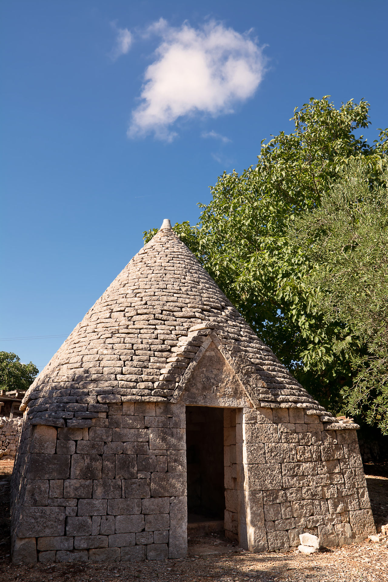 Trullo: typical habitation of apulia Alberobello Apúlia Bari Brindisi Cisternino House Italy Locorotondo Pinnacle Puglia Rural Stone Trullo