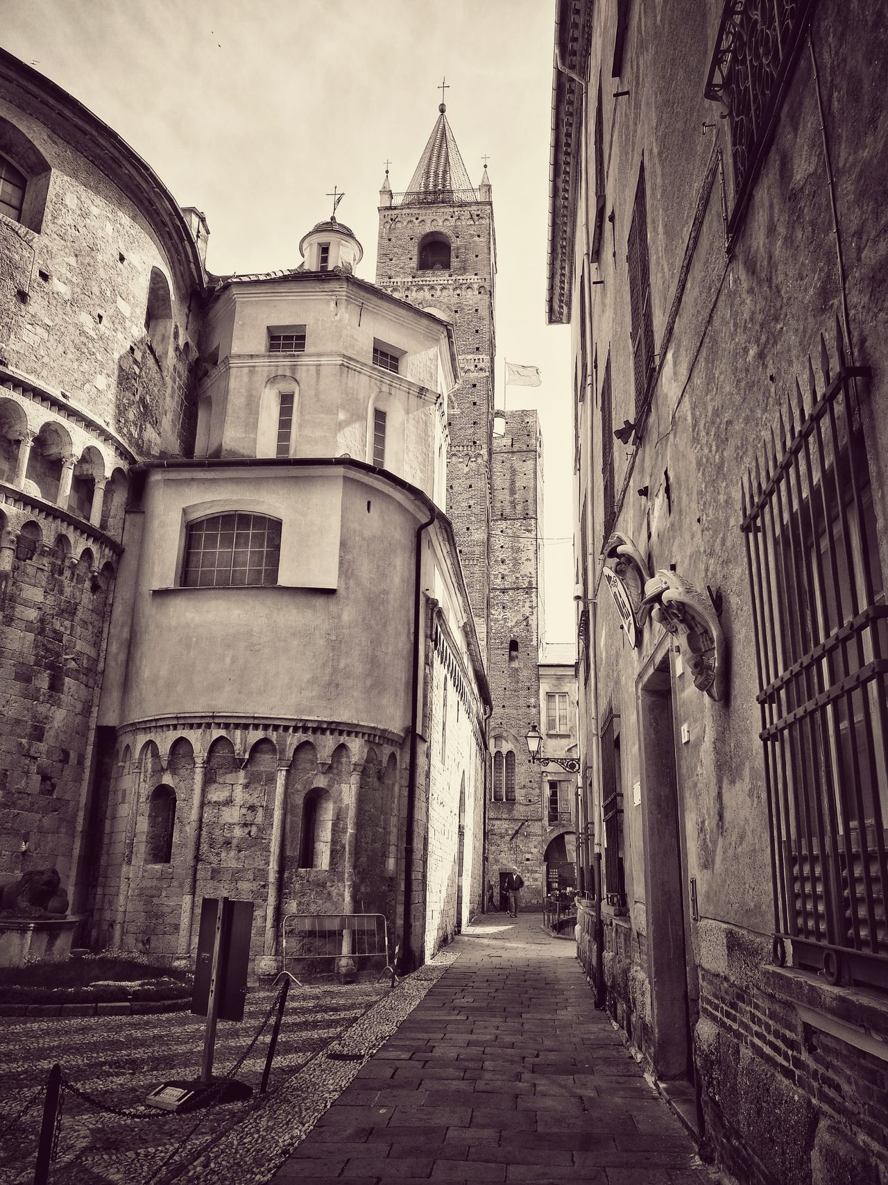 Architecture Built Structure Building Exterior Day City Old Buildings Old Ruin Oldtown Albenga Italy The Street Photographer - 2017 EyeEm Awards The Architect - 2017 EyeEm Awards