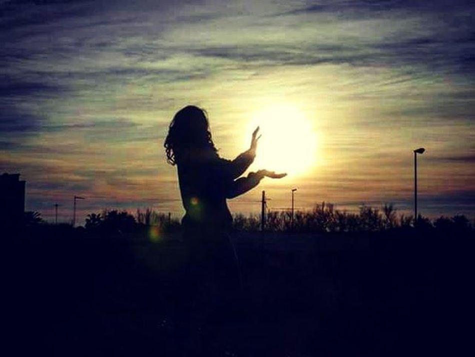 Kamehameha! Likegoku Dragonball In Real Life LOL Funny Funnypic Stupid Sun Sunset Throwback Ciao
