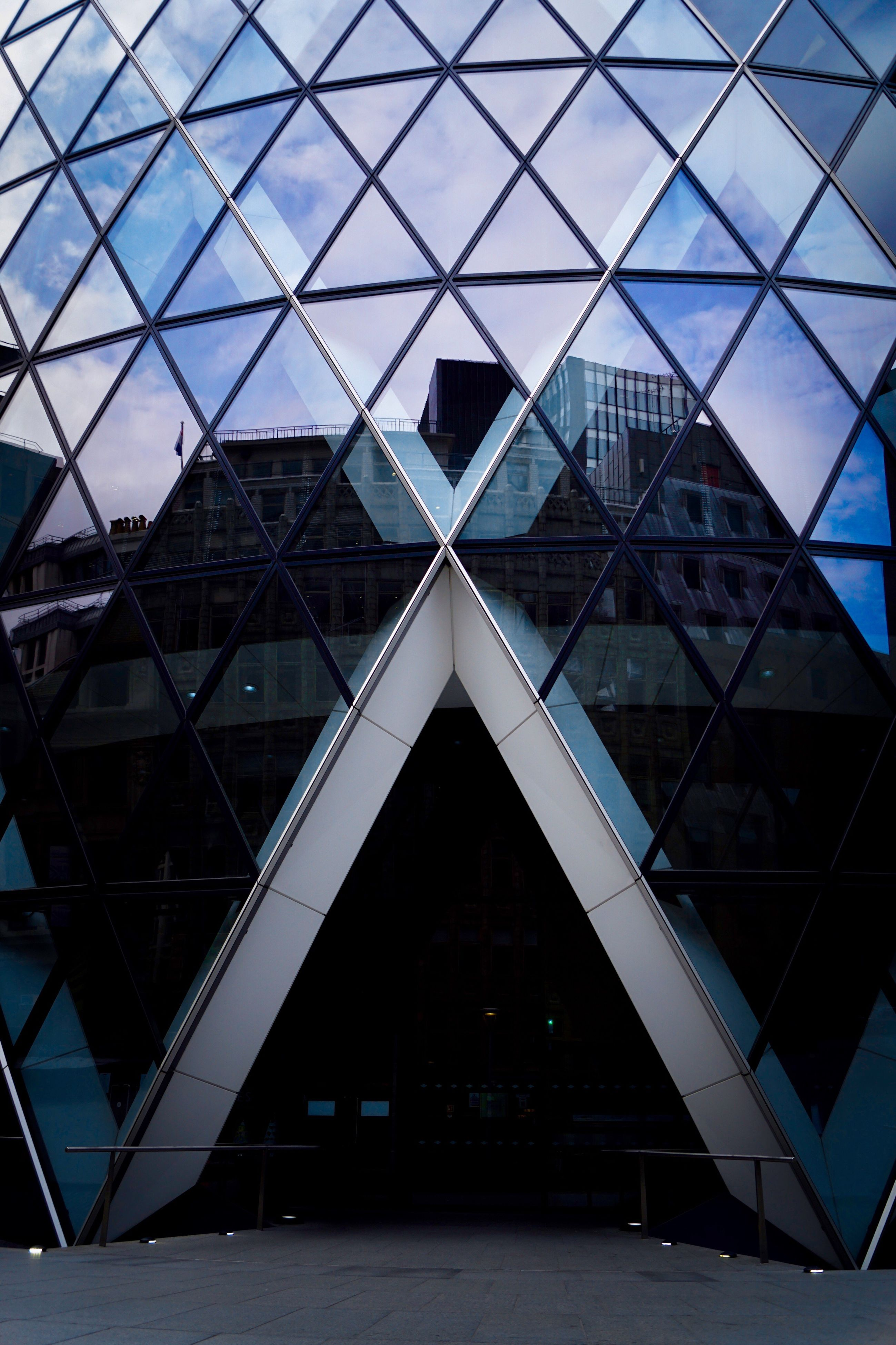 architecture, built structure, triangle shape, window, indoors, building exterior, no people, day, modern, sky