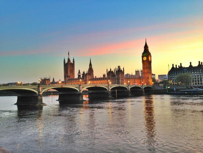 London Lifestyle Cityscape Architecture River Government Clock Tower City London Tower Illuminated Bridge River Thames Westminster