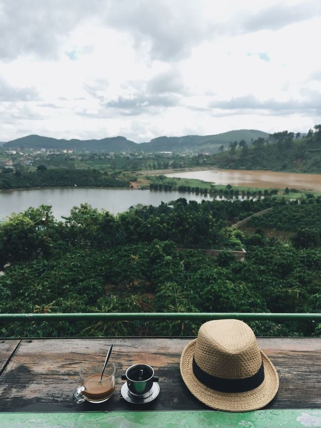 Coffee with nice view in Da Lat, Vietnam. Mountain Nature Tree Cloud - Sky Traveling Outdoors Saigonese Vietnam Dalat Coffee Kopiluwak Beauty In Nature Day Travel Photography