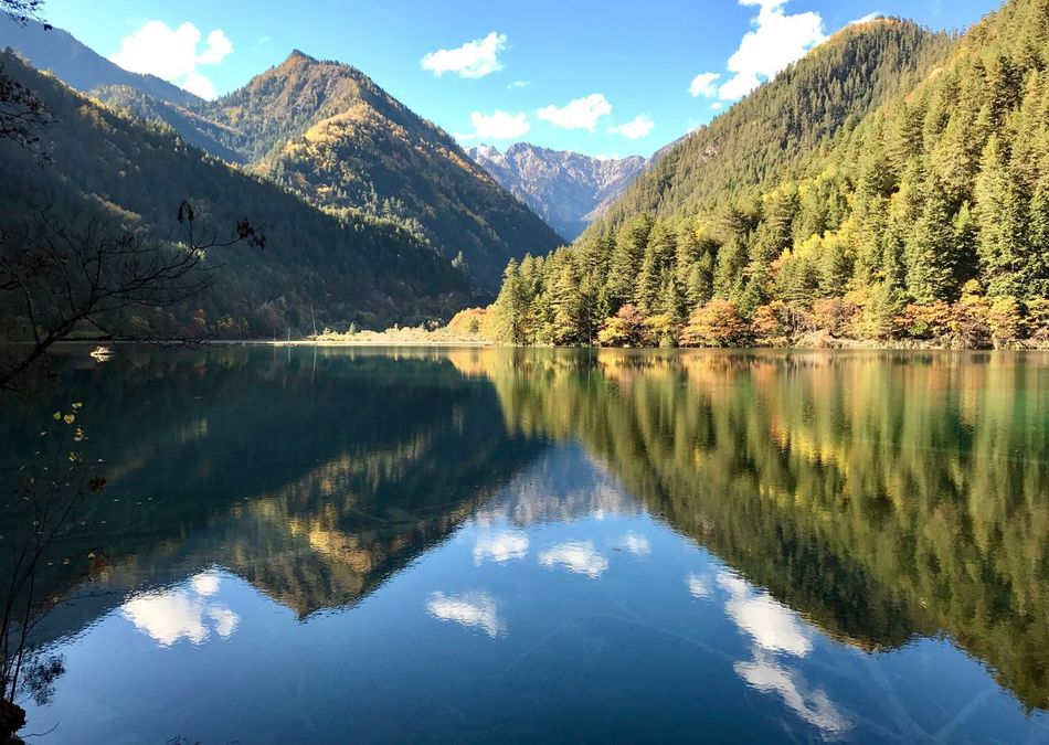 Reflection Mountain Water Nature Mountain Range Lake Tranquility Scenics Sky Beauty In Nature Symmetry Idyllic Outdoors Tranquil Scene No People Landscape Day