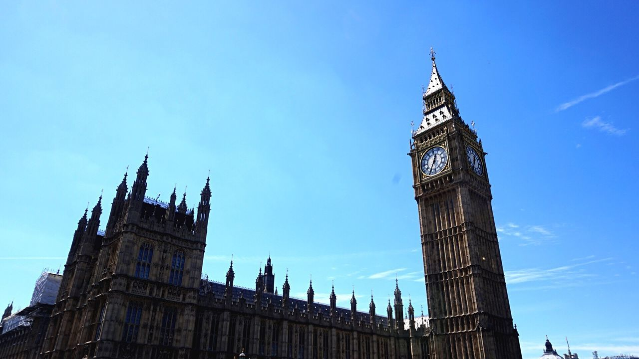 Clock Tower Low Angle View Travel Destinations Built Structure Outdoors Big Ben Houses Of Parliament