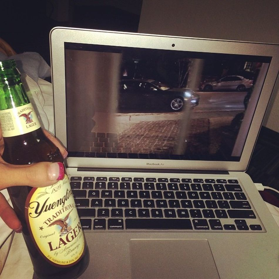 Beer Yuengling Netflix Boringhotel Singlemomlife Relaxing Saturdaynightalone Needtomakefriends Lancasterboundtilmonday Mothernaturesucks Bipolarmothernature