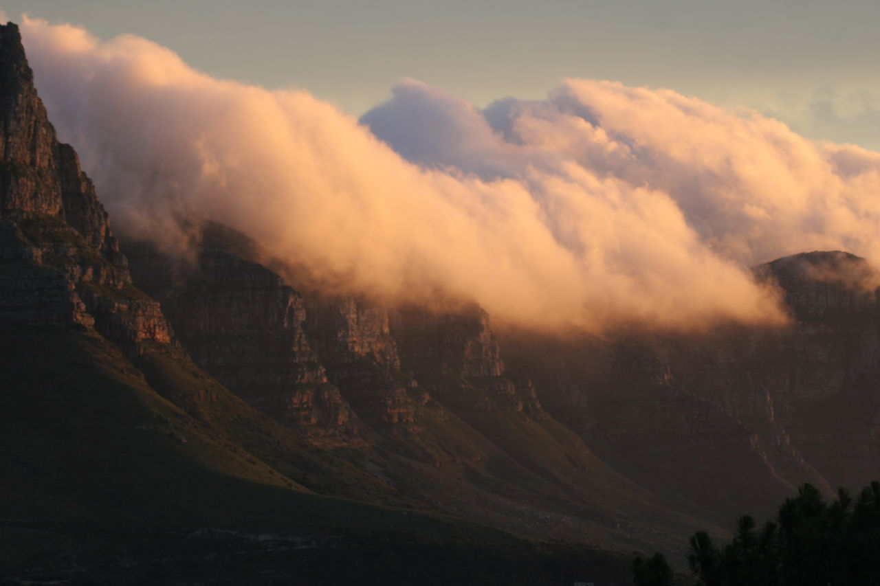 Beauty In Nature Cloud Base Day Landscape Mountain Nature No People Outdoors Scenics Sky Sunset Tranquility Twelve Apostles