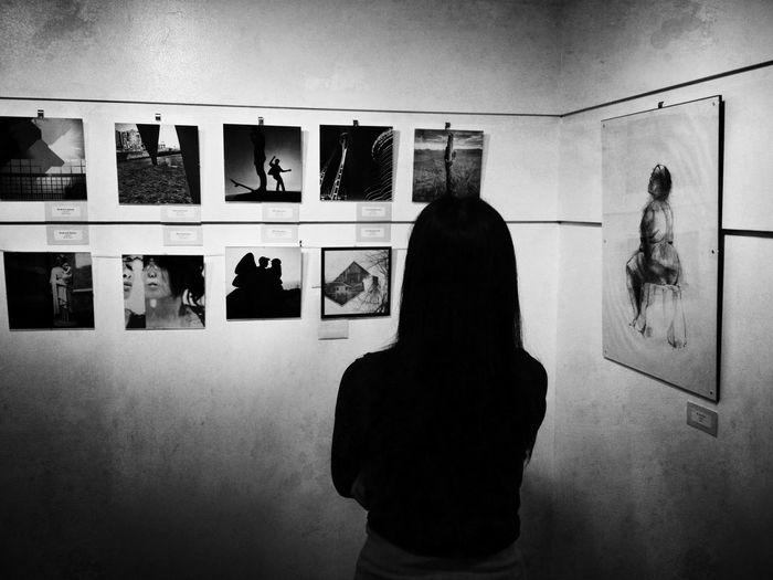 Black & White WeAreJuxt.com Seattle Admiring The Artwork At The M. Rosetta Hunter Gallery In Seattle
