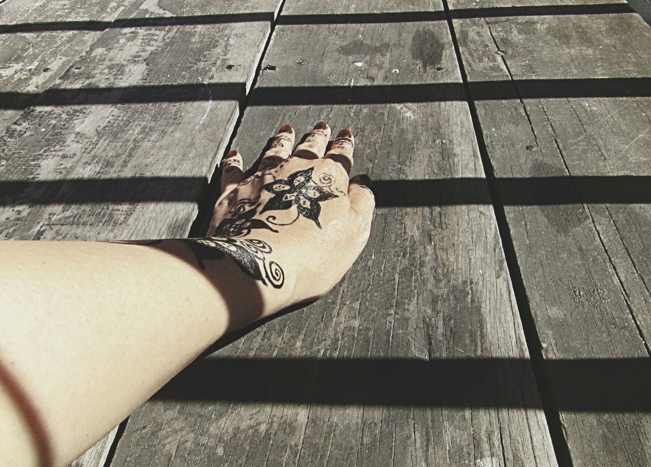 Art Is Everywhere Low Section One Person Human Body Part Personal Perspective Henna Tatto Shadow And Light