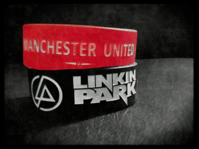 Love'em both Manchester United Linkin Park Armband Streetphotography