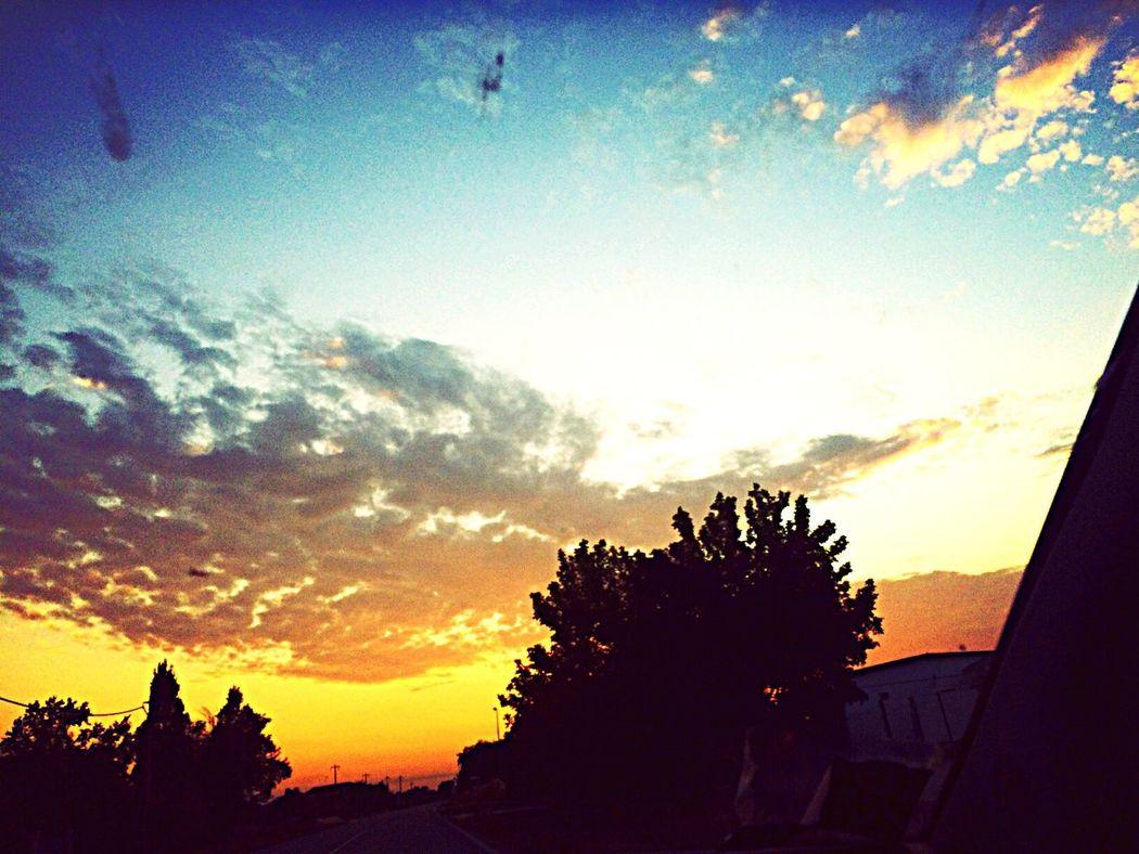 Sky Clouds And Sky First Eyeem Photo EyeEm Nature Lover EyeEm Best Edits Eye4photography  Sunset Art Beautiful 💙