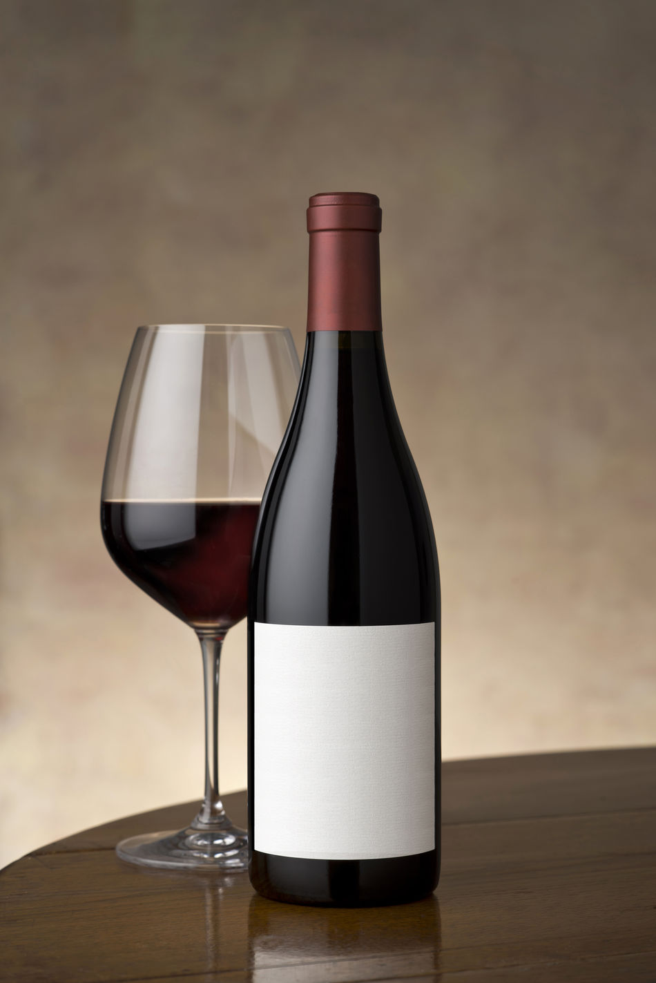 Add Text Alcohol Beveragephotography Blank Label Cabernet Sauvignon Drinking Glass Elegant Food And Drink Label No People Red Wine Studio Shot Surface Table Vertical Composition Wine Wine Bottle Wineglass Winetasting
