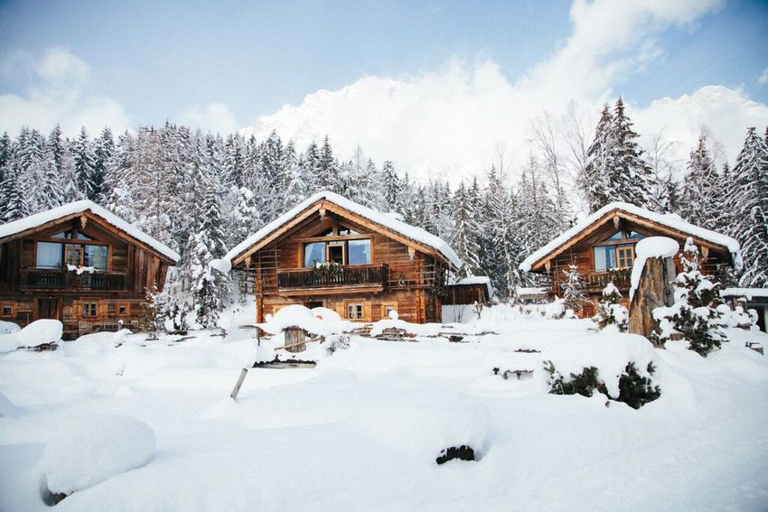 Snow Winter Cold Temperature Weather Architecture Built Structure House Building Exterior Tree No People Residential Structure Nature Covering Day Outdoors Sky Scenics Beauty In Nature Chalet Winter Wonderland Finding New Frontiers