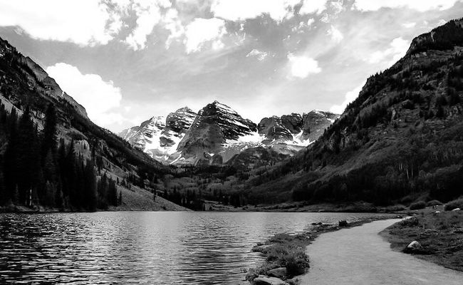 Monochrome Photography Tranquil Scene Mountain Scenics Water Tranquility Sky Snow Season  Cold Temperature Mountain Range Beauty In Nature River Majestic Non-urban Scene Cloud - Sky Nature Idyllic Rocky Mountains Physical Geography Mountain Peak Colorado Maroonbells