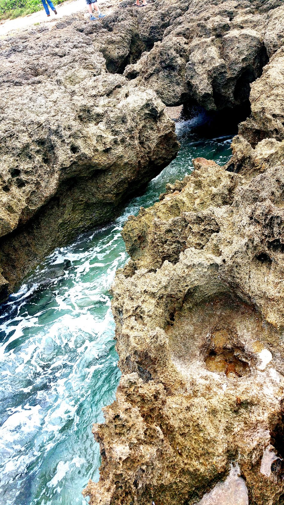 Crystal Clear Waters Shades Of Blue Textures And Surfaces Water_collection Waterways Hawaiishots Hawaiian Showcase: December Allthingsbeautiful Loving Life! Photooftheday Oceanside