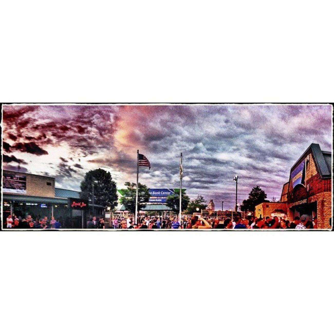 #radioheadcamden #radiohead #camden #clouds #sky #cloud #blueskys #sunshine #cloudporn #skyporn #skysnappers #clouds #sky #cloud #blueskys #sunshine #cloudporn #skyporn #skysnappers Clouds Sunshine Sky Cloud Cloudporn Radiohead Skyporn Skysnappers Camden Blueskys Radioheadcamden