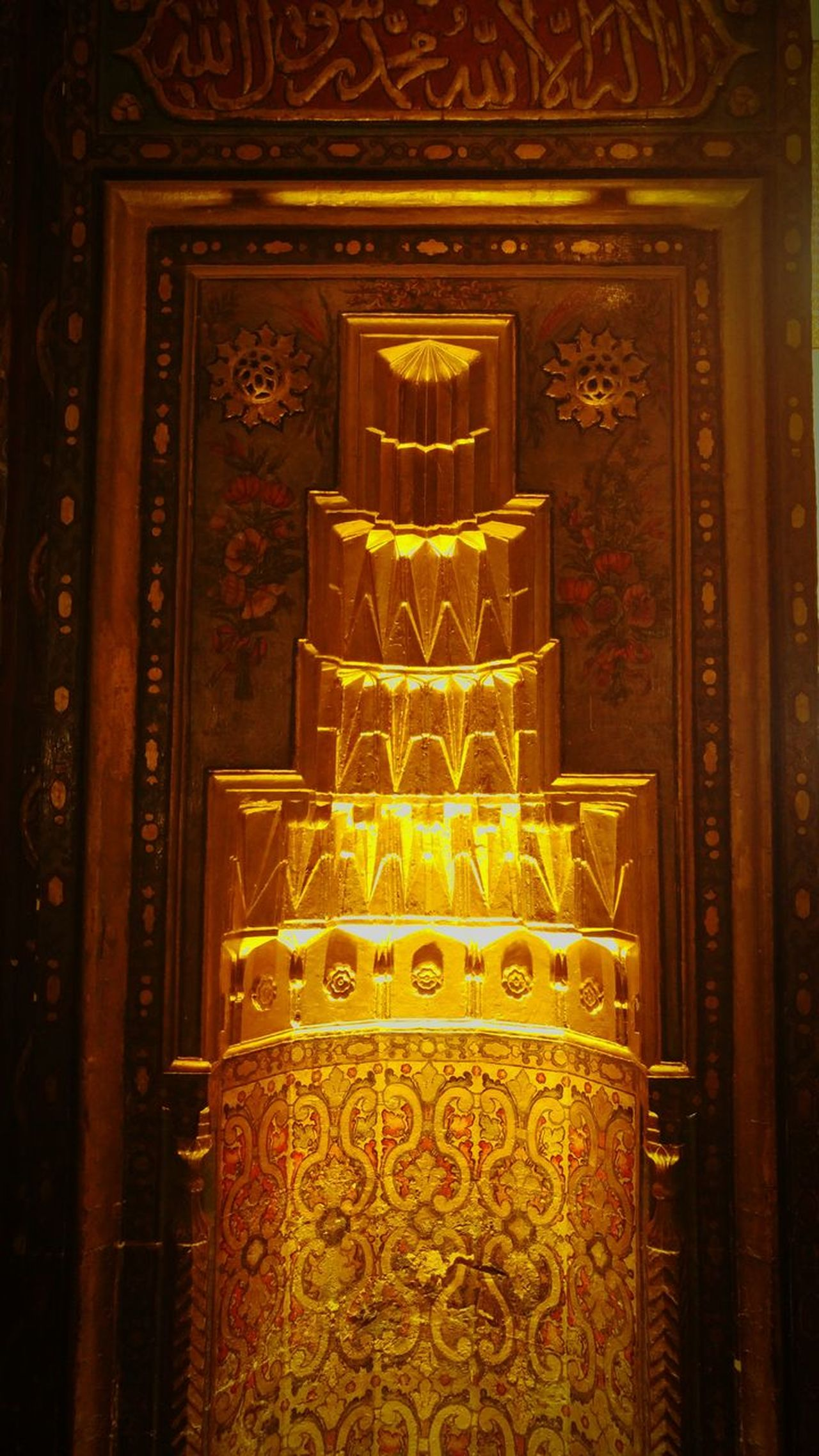 Art And Craft Gold Colored Creativity Indoors  No People Pattern Travel Destinations Gold Day Islamic Architecture Islam Musluman Mevlana Mevlana Mosque Konya Konyagram Gold Yellow Orange Light Light And Shadow Müze Museum Mevlana Museum