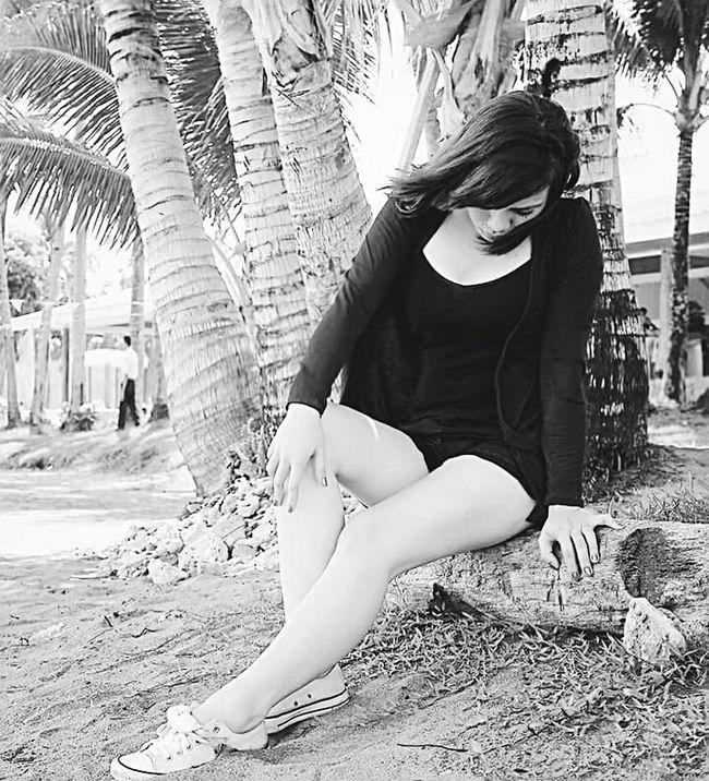 Blackandwhite Photography Beauty Michelle Philippines Patiovictoria TaclobanCity Waraynonako Julybirthdaycountdown
