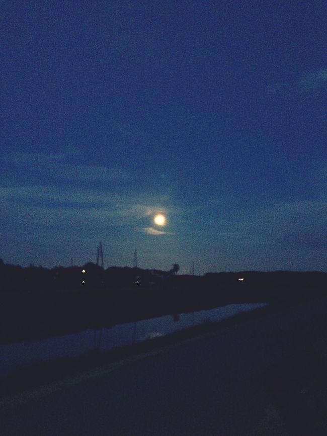 last nights moon Skyporn Cloudporn Moonlight