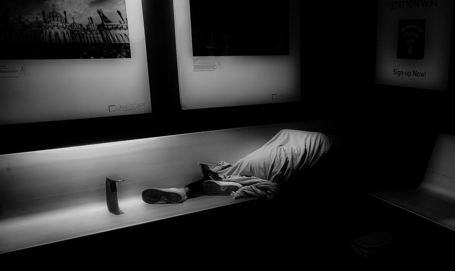 Sleeping rough 1 Adult Bench Single Lonely Indoors  Real People Streetphotography Black And White Friday Homeless Sleeping Rough Indoors