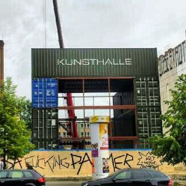 Berlin Kunsthalle Platoon