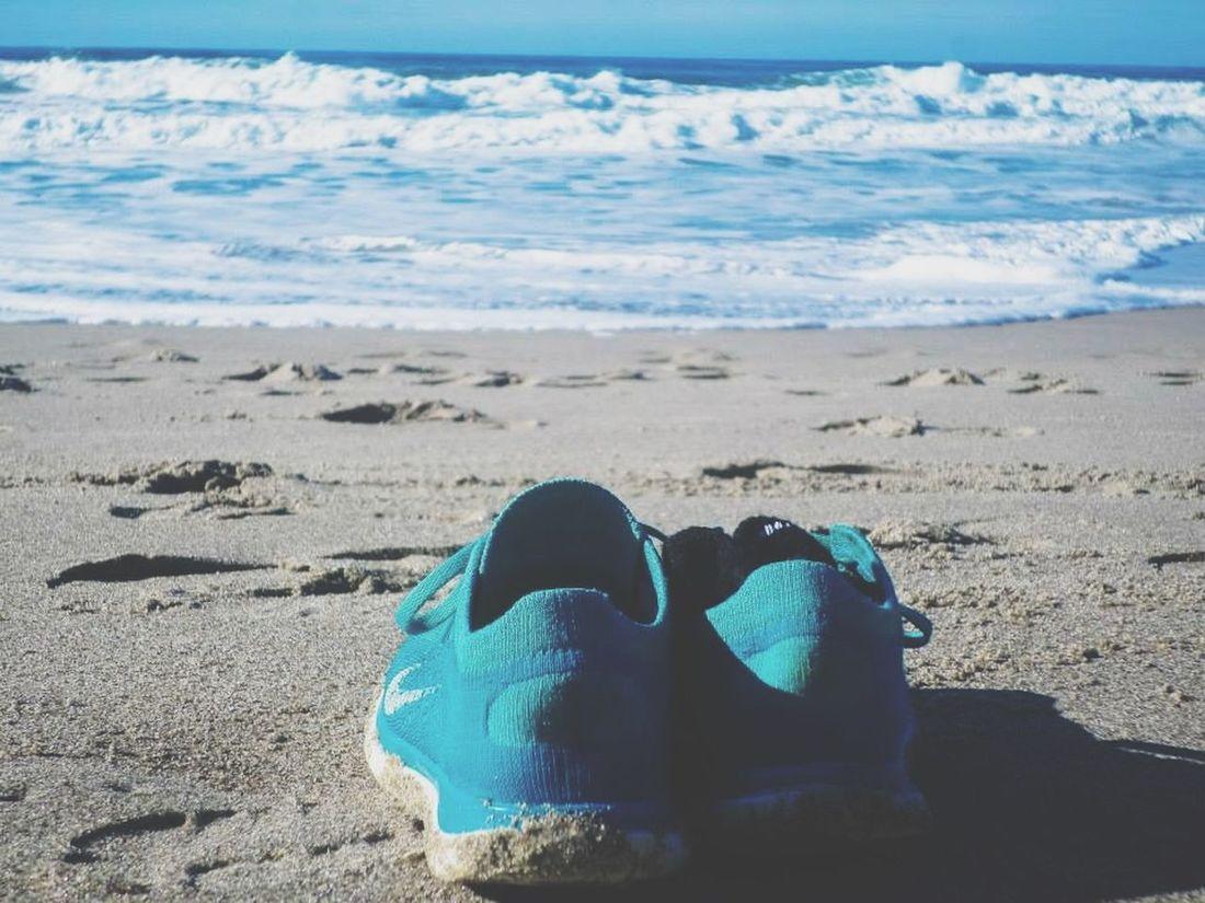 Shoes Off Runnig At The Beach Fun I LOVE RUNNING