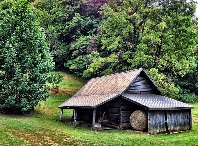 Barn Stalking.....Hope y'all have a great weekend and Easter, if you celebrate it! Landscape_Collection EyeEm Best Shots Rule Of Thirds Shootermag Barn Barnstalker