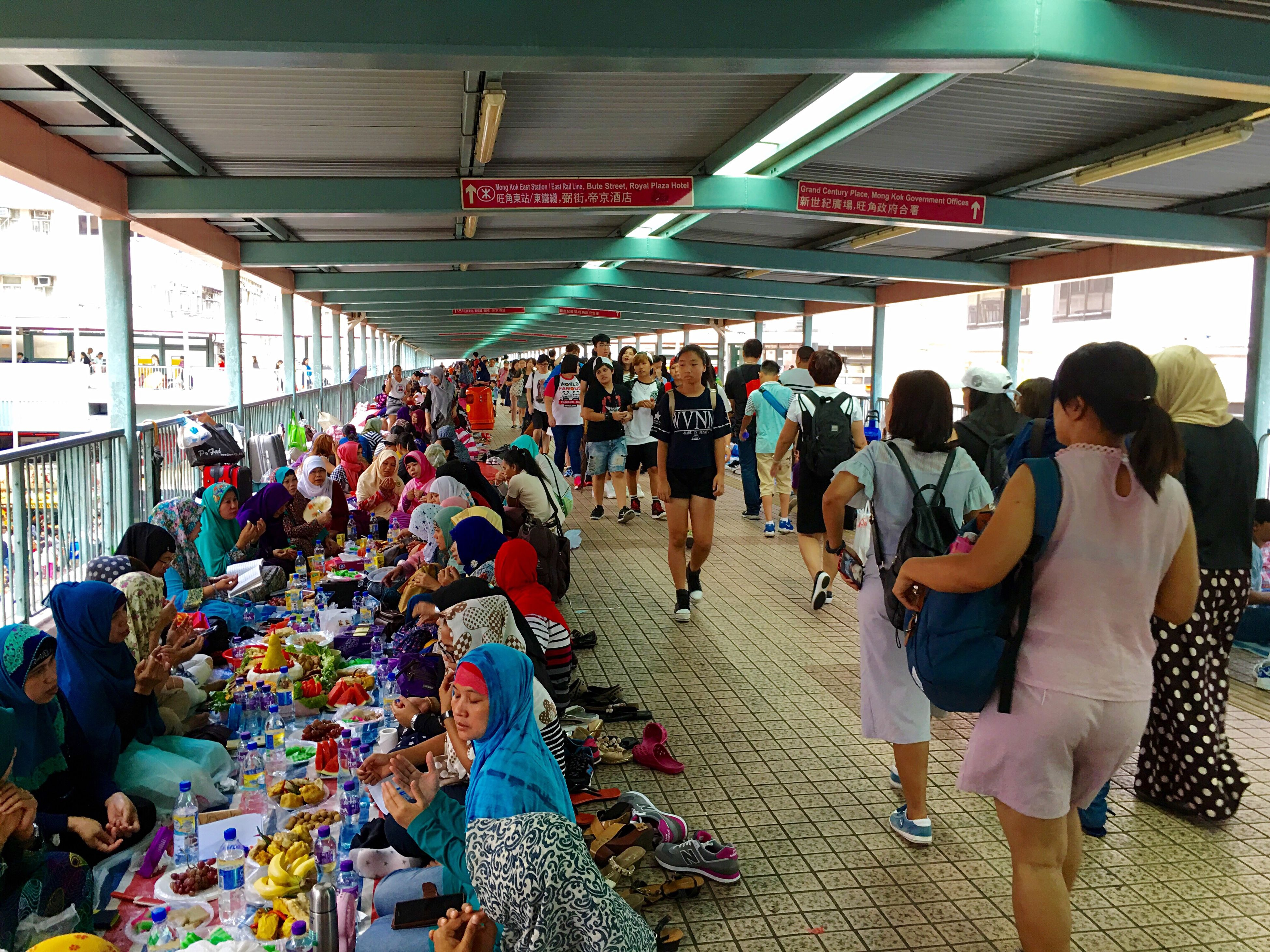 large group of people, men, person, lifestyles, leisure activity, travel, market, transportation, crowd, casual clothing, city life, retail, tourism, journey, freshness