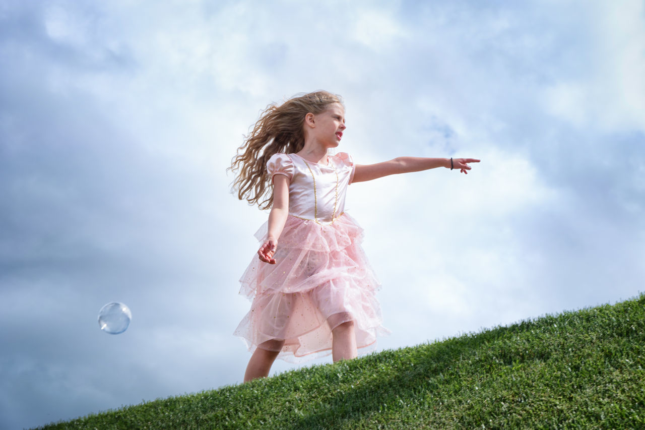 Beautiful stock photos of prinzessin, grass, leisure activity, field, childhood