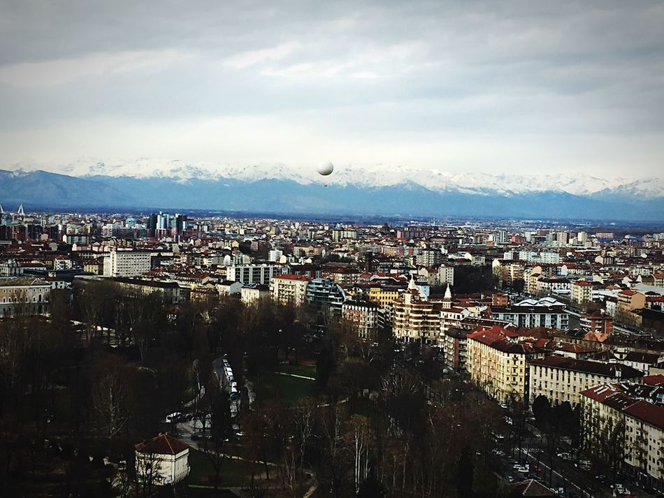 Q for Quota Mongolfière Baloons Fly Away Panorama Panoramic Photography Mountain View Alps Hello World
